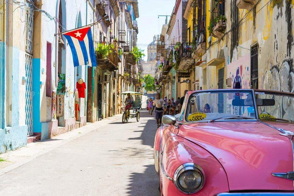 Полициски час во Хавана, првпат од избивање на пандемијата