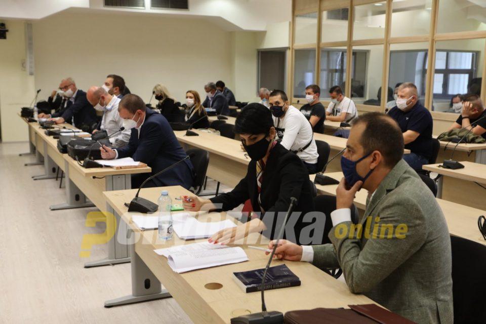 Адокатот на Груевски: Демолирање на канцеларија на претседател на држава било демократија, а кршење на прозори на Општина насилство