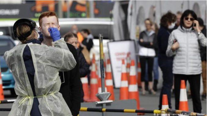 Во Нов Зеланд маските повеќе не за задолжителни во јавниот превоз