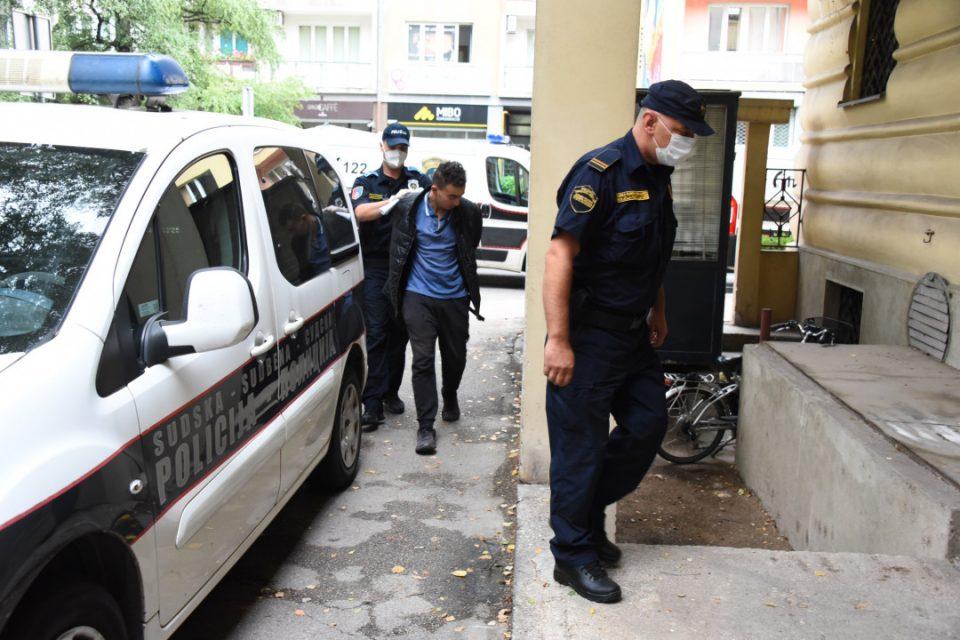 Уапсени се двајца Алжирци кои врзале и задавиле мигрант во Сараево