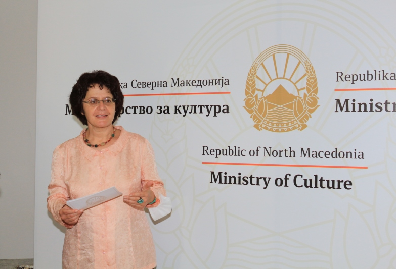 Стефоска: Премиерот Заев не може да и помогне на Бугарија да се справи со своето темно минато