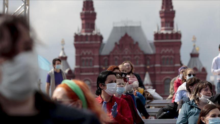 Во Русија зголемен бројот на инфицирани луѓе со Ковид-19