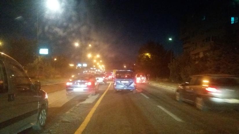 Четири автомобили се судрија во близина на бензиската во Влае