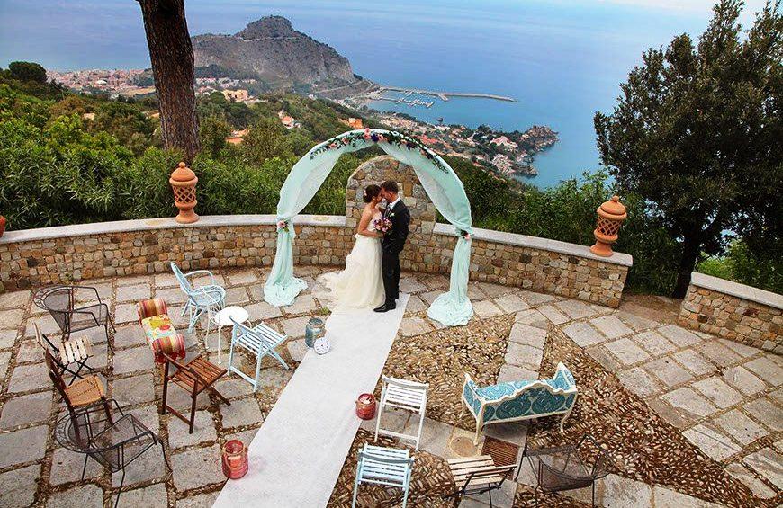 На свадби и погреби во Хрватска најмногу по 30 луѓе, на слави по 15