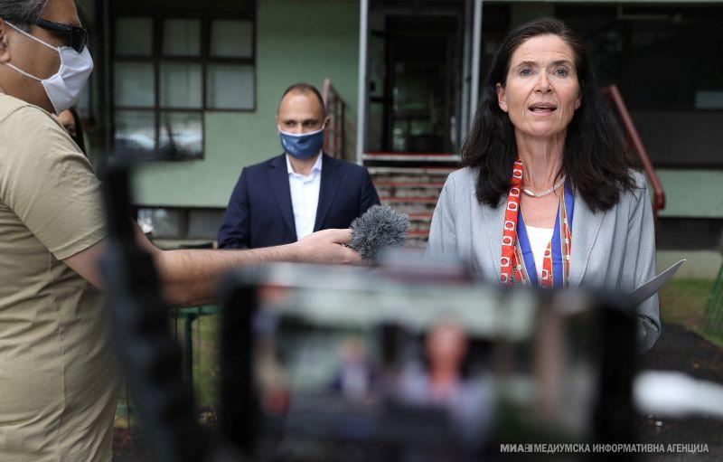 """Германија донираше помош за Инфективната клиника и ГОБ """"8 Септември"""""""