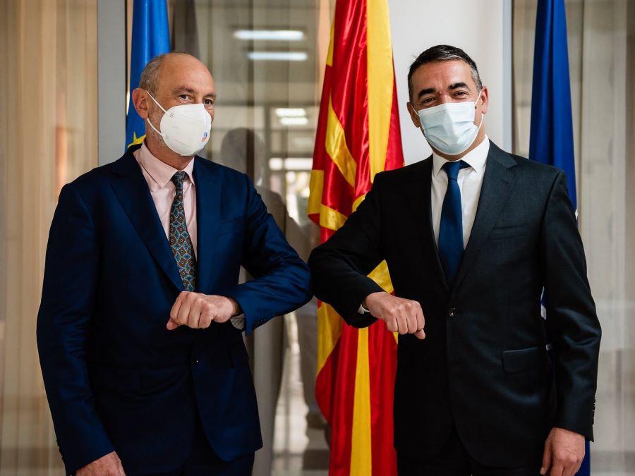 Димитров се сретна со Гир: Уште еден европски пријател со кој изгледите за членството во ЕУ ќе бидат уште поопипливи