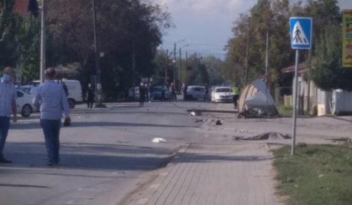 Детали за сообраќајката во Трубарево: Дете се бори за живот, моторџијата летал десетина метри и загинал на лице место
