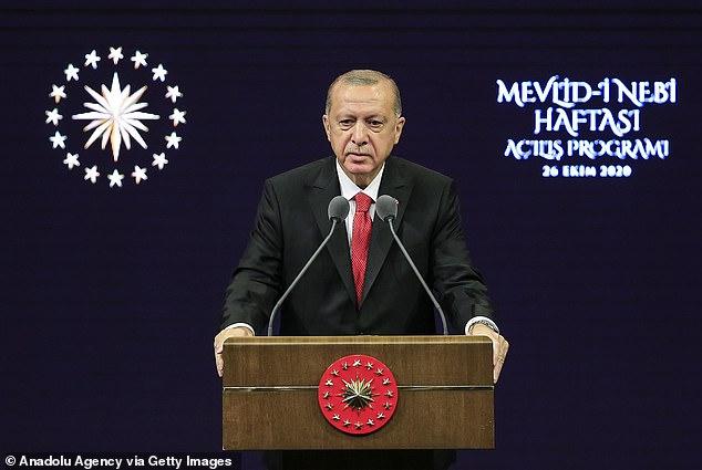 Ердоган: САД прави сериозна грешка што нѐ исфрли од програмата за борбени авиони