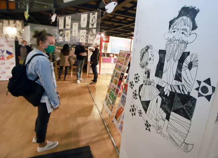 Изложбата на илустрациите на Кондовски е убаво временско патување и дел од нашето културно наследство и богатство