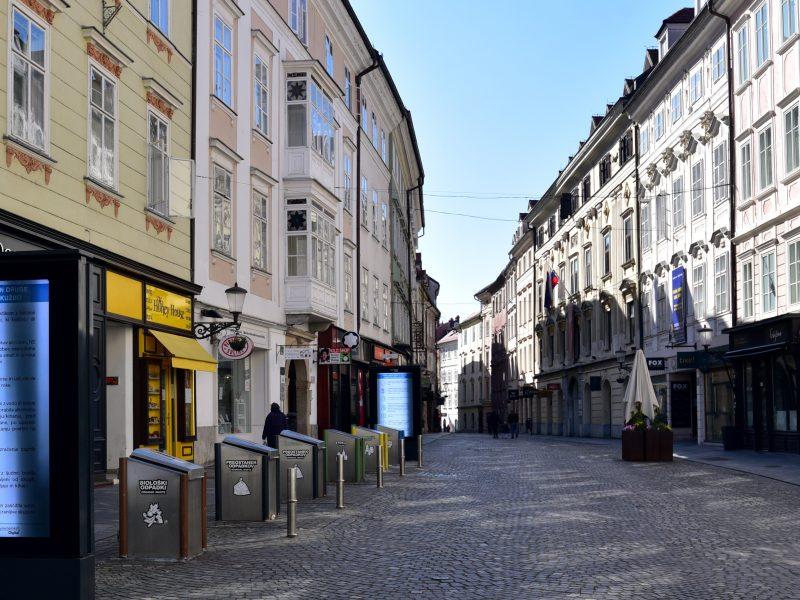 Словенија денеска запре: Затвораат градинките, фирмите, рестораните