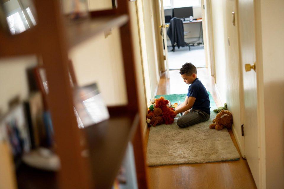 Итно протоколи за изолираните деца со посебни потреби, не можат да останат затворени дома