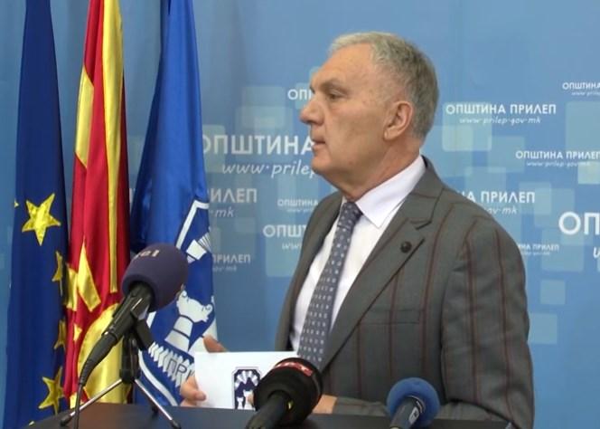 На Прилеп му се случува Куманово: Градоначалникот моли за карантин, власта не слуша