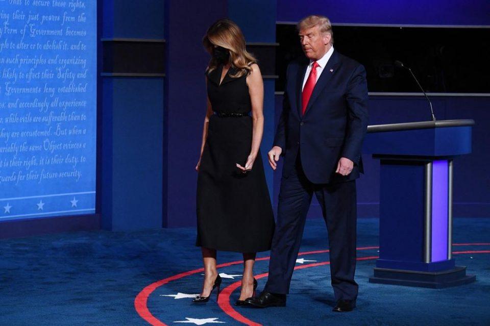 Ги маѓепса сите на дебатата: Меланија Трамп зачекори во црн фустан и го украде вниманието на сите