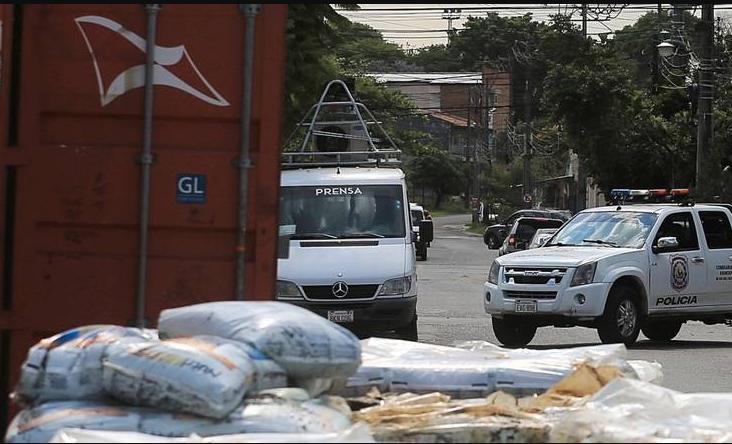 Полураспаднатаи тела на мигранти пронајдени во пратка со отпад од Србија за Парагвај