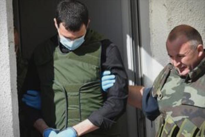 Добил пола милион евра за убиство на шефот на шкаљарскиот клан, а од безбедносни причини користел македонски пасош