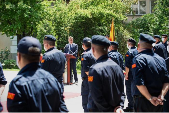 Шилегов им порача ако им е мала платата да си најдат друга работа: Протест на пожарникарите