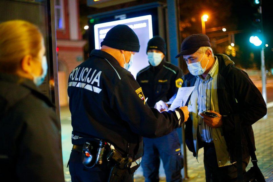 Во Словенија 55 починати и 1.292 новозаболени од Ковид-19