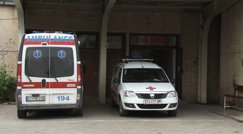 Пискотници се слушаат од Ковид центарот на Источна Македонија, болните од надвор молат за легло, а болните внатре за кубик кислород