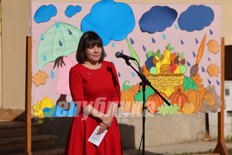 Не им е гајле за Царовска: Гимназијата во Дебар од понеделник отворена за учениците, на нозе е и Струга