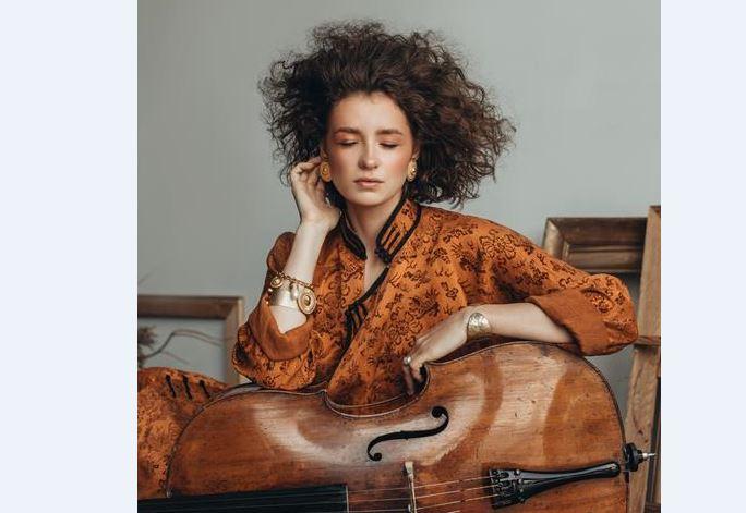 """""""Колаж""""- роденденски концерт на Филхармонија со виолончелистката Анастасија Кобекина"""