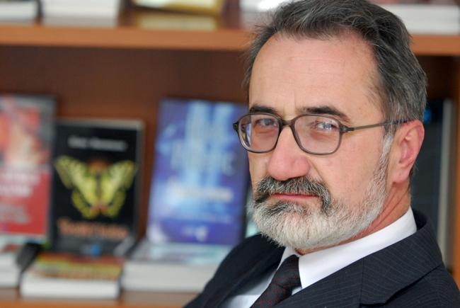 """Неминовен молк"" нова поетска книга од Глигор Стојковски"