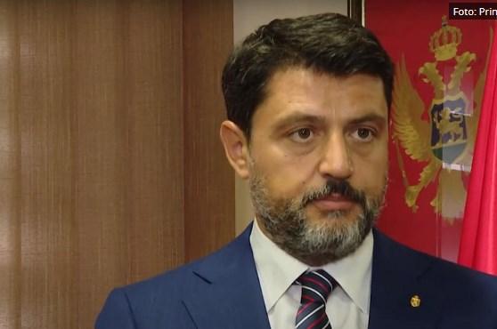 Србија возврати: И таа го протера црногорскиот амабасадор