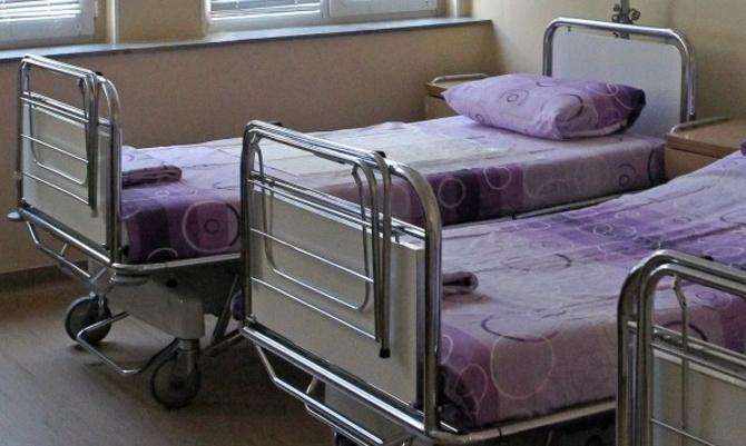МЗ порачува дека има слободни кревети: Вкупно 833 пациенти на инфективните одделенија во државата