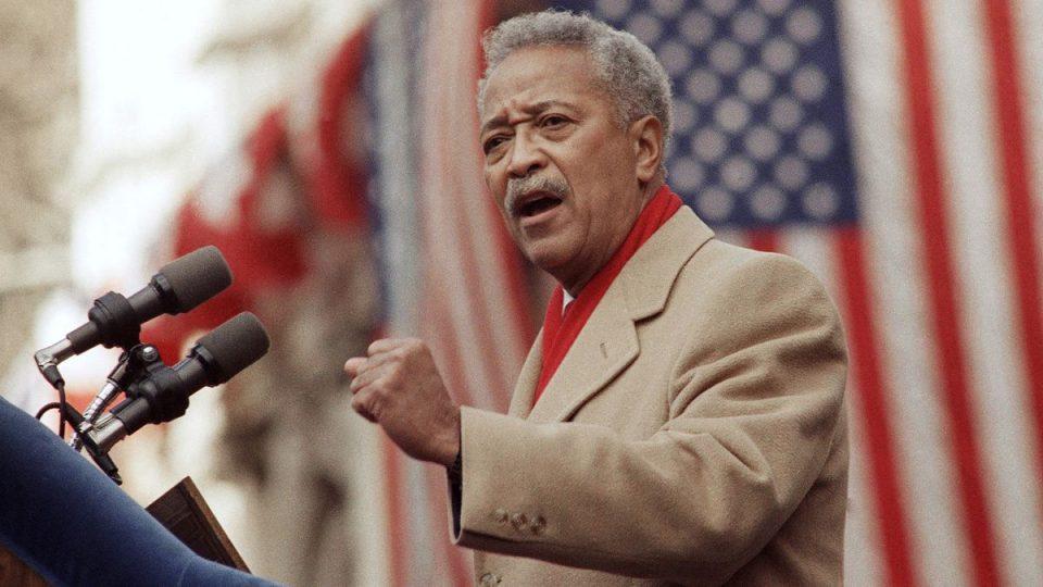 Почина единствениот Афроамериканец – градоначалник на Њујорк