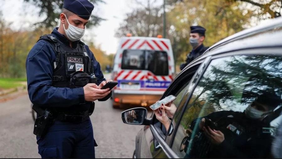 Франција воведе казна од 1.500 евра за непочитување на задолжителниот карантин