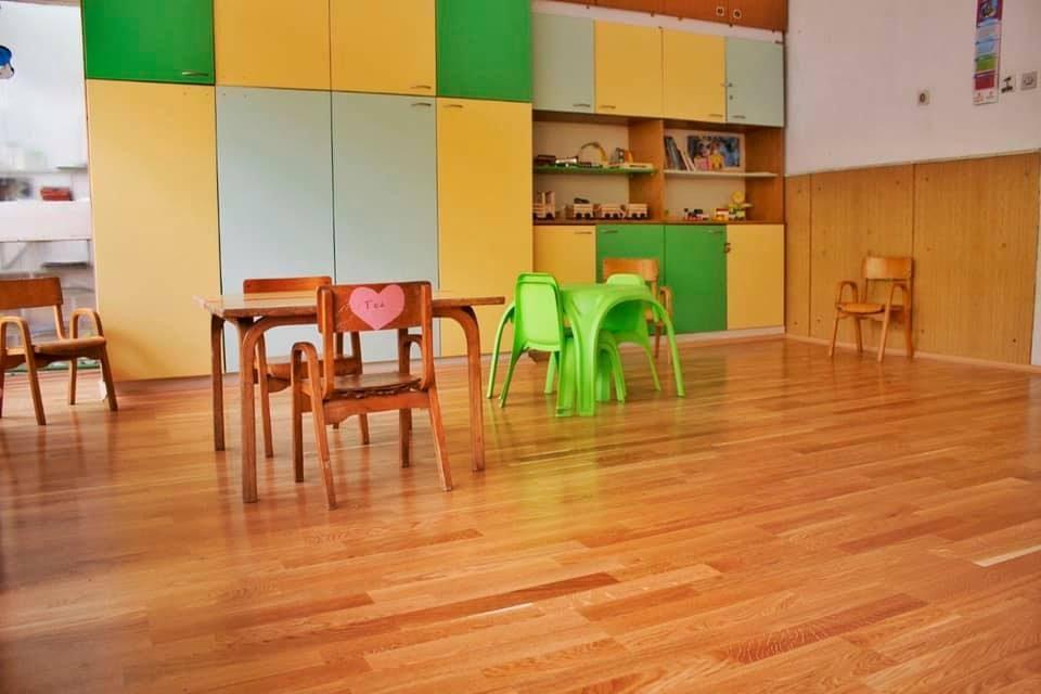 Позитивна воспитувачка во изолација испрати 10 деца и 2 колешки од градинка во Кочани