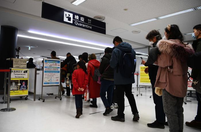 Кина забрани влез за патници од европски држави