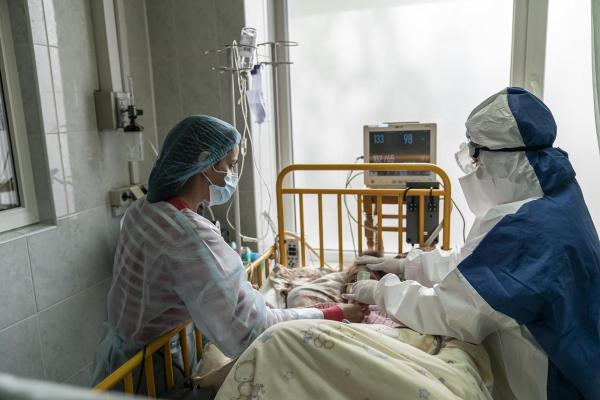 Кислород за тешко болните само по 15 минути во денот: Татко му ја отстапил својата квота на синот и починал