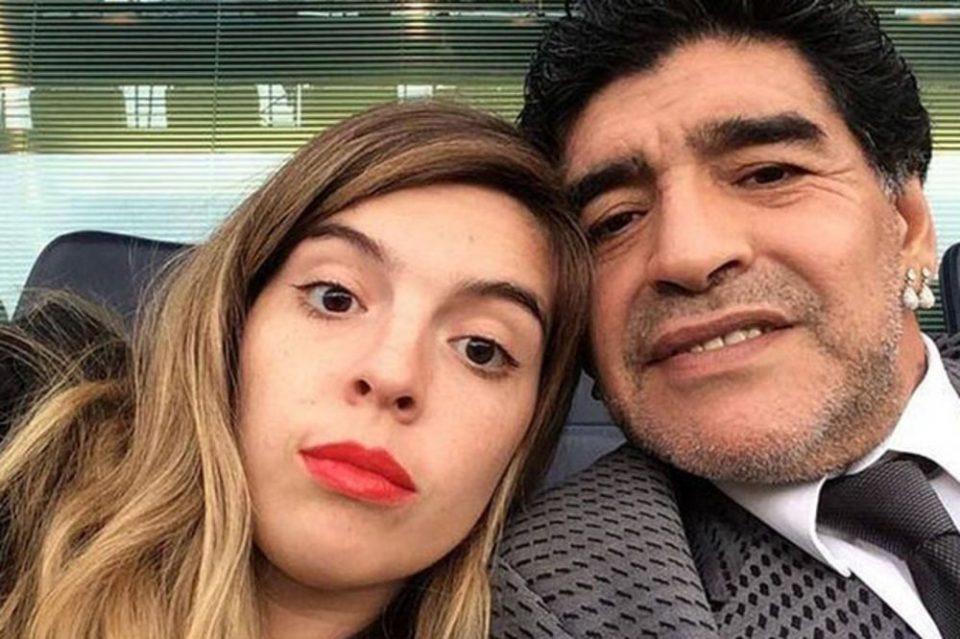 Ќе издржам овде, без оној дел на срцето кое го понесе со себе: Се огласи ќерката на Марадона
