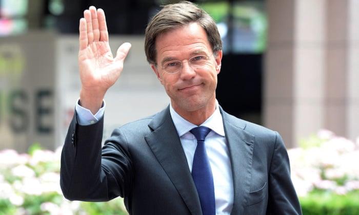 Холандскиот претседател дава пример: На работа оди со велосипед, како обичен човек