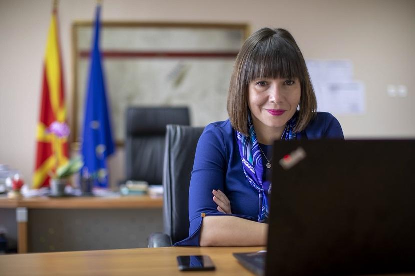 ВМРО-ДПМНЕ: Царовска знае дека бројките и се неточни има многу повеќе заразени меѓу наставниците