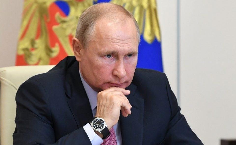 Путин му ja честита на победата на Бајден