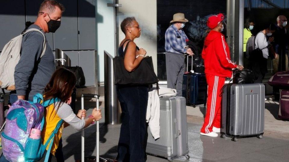 Речиси милион Американци за една недела поднеле документи дека се невработени
