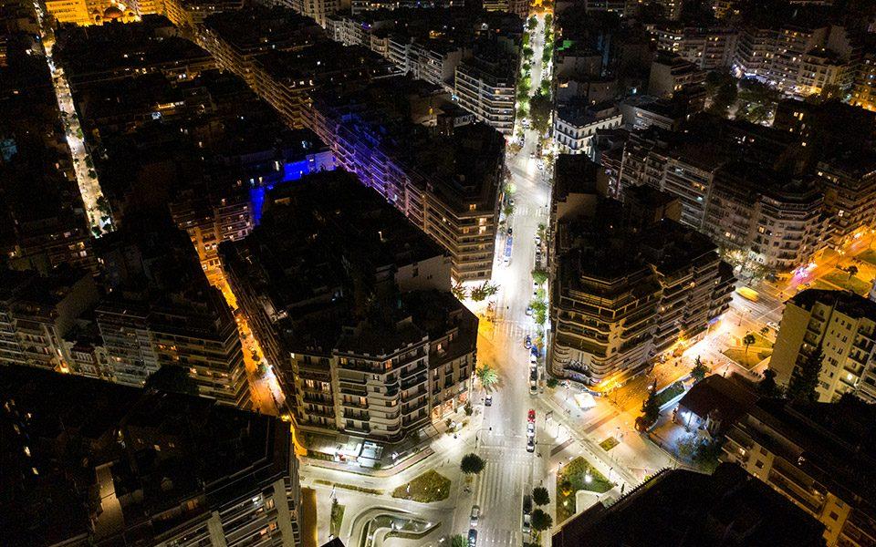 Морничавата тишина на Солун: Репортажа како живее градот силно погоден од пандемијата и ретриктивните мерки