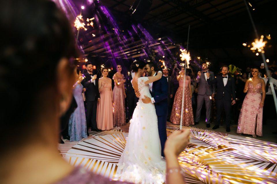 Во понеделник ќе се разгледуваат барањата за живи свирки и свадби