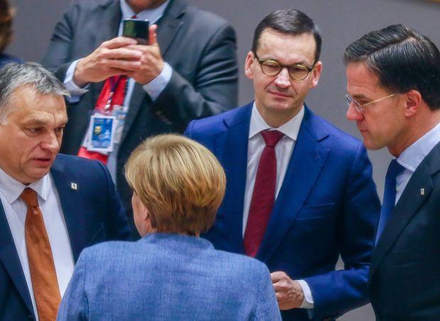 Орбан и Моравјецки: Владеењето на правото не може да биде услов за средствата од ЕУ