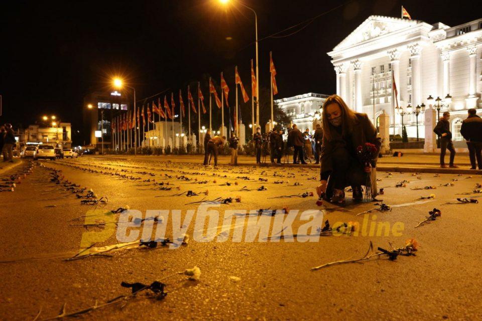 Македонија е прва по смртност од корона, тоа е доволно за оставка на Филипче