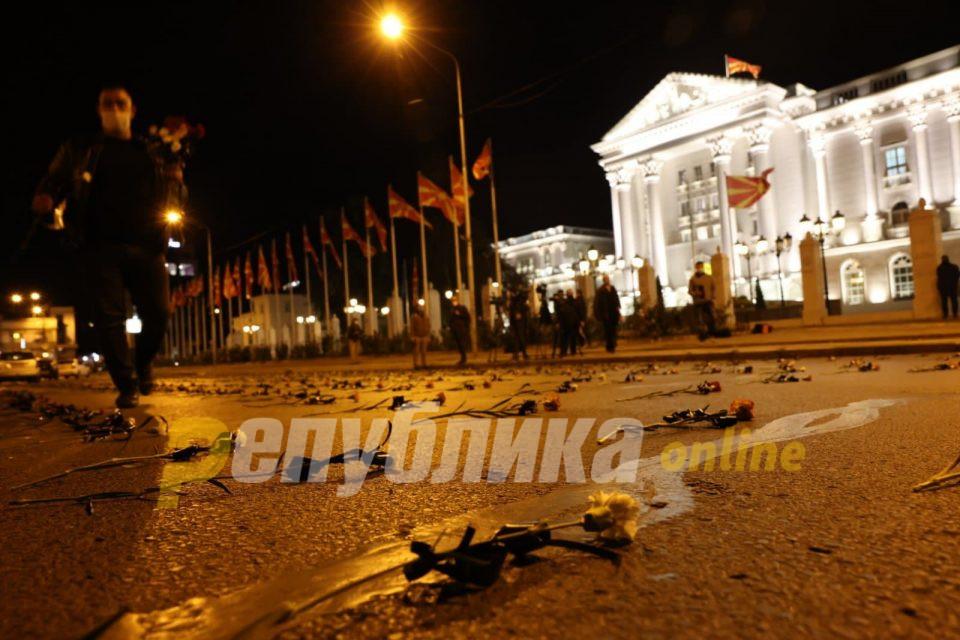ВМРО-ДПМНЕ: 4 години Заев се 4 години украден живот – 5.300 починати, инфлација, политички агенди со образовни реформи и расподавање на Македонија