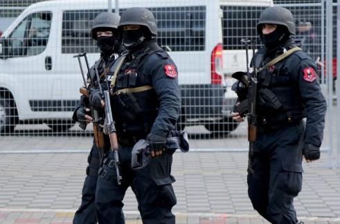 Албанската полиција разбила група која преку Охридското Езеро шверцувала марихуана во Македонија