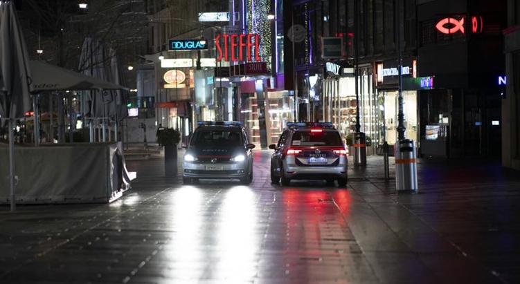 Австрија го укинува полицискиот час за Божиќ и Нова година