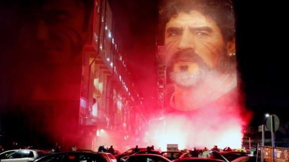 Ликот на Марадона се појави над небото во Аргентина