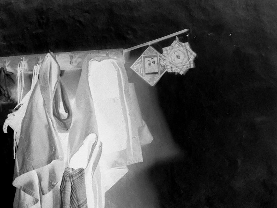"""Марко Илиевски со изложбата """"Подароци"""" дава пример на кој начин модните дизајнери можат да придонесат во создавањето подобар свет"""