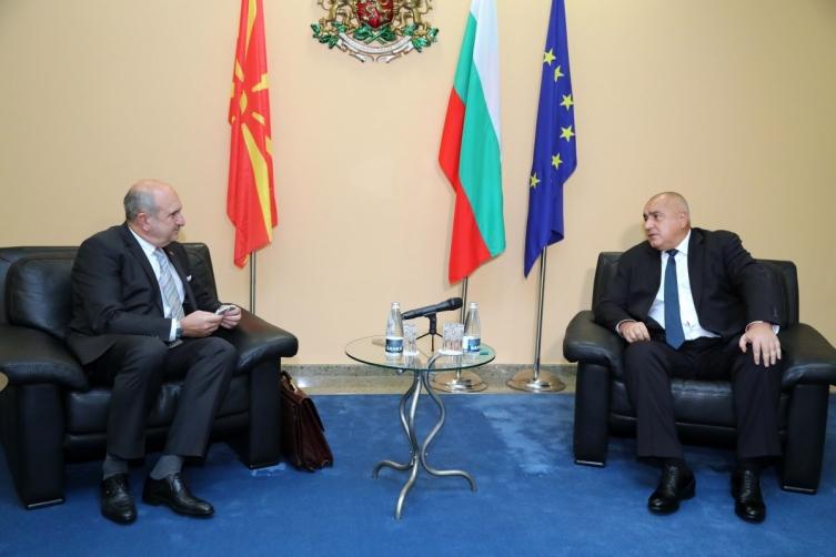 ВМРО-ДПМНЕ: Kој го одобри нон-пејперот што Бучковски му го предал на Борисов?