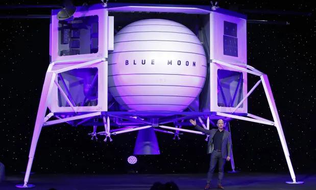 Се подготвува првото патување на жена до Месечината