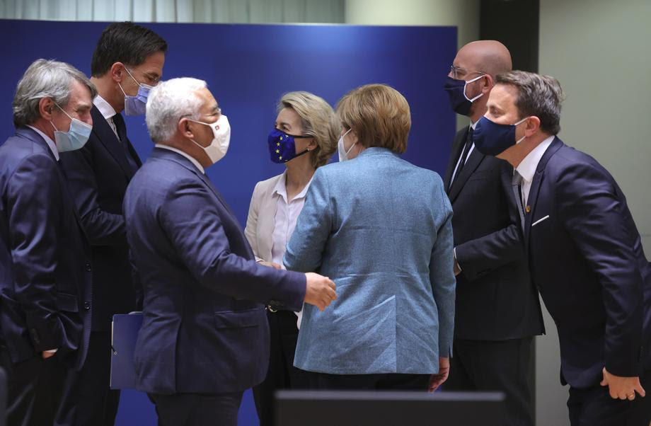 Европските лидери спротивставени околу можноста за состанок меѓу Унијата и Путин