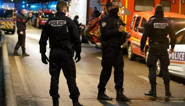 Три полицајци загинати, а еден ранет: Пукање во Франција